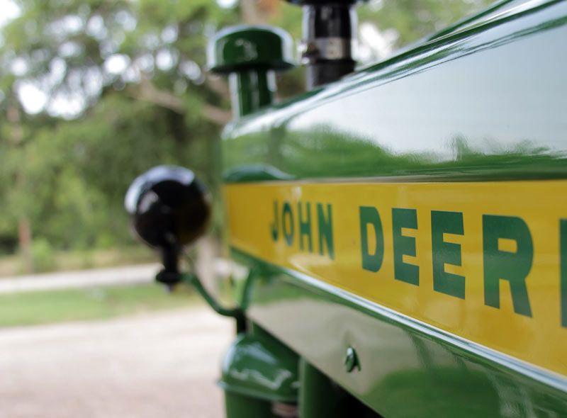 what does that light on my john deere diesel tractor dash really mean?