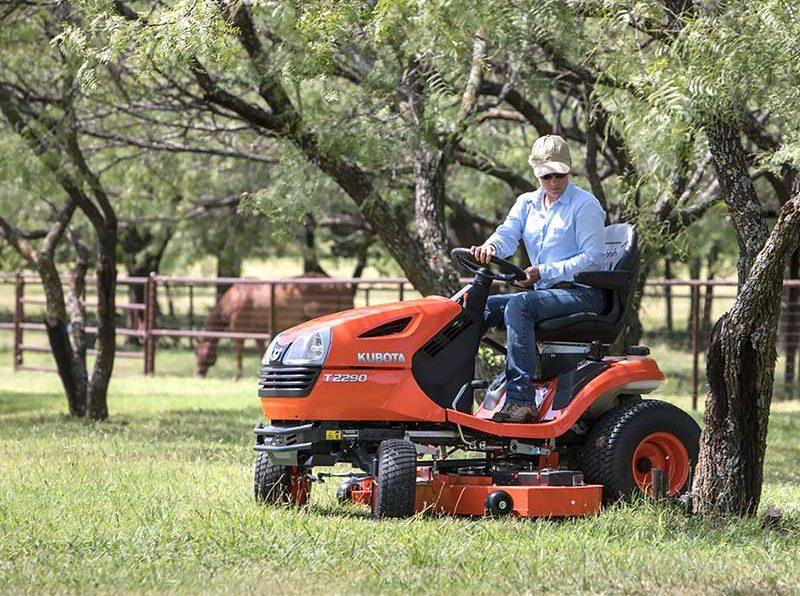 Kubota T2290KW-42 Lawn Tractor