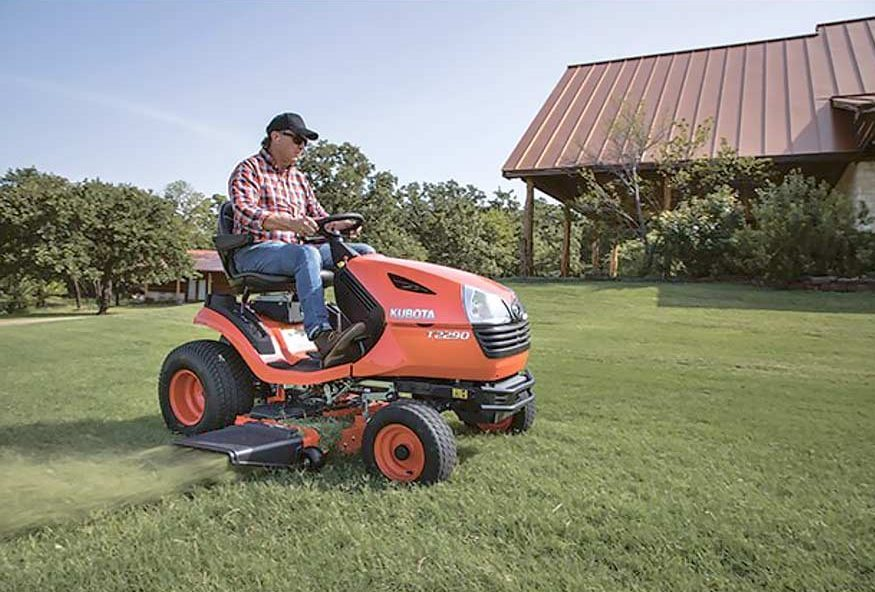 Kubota T2290KW-48 Lawn Tractor cutting grass